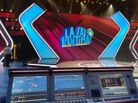 Compulite Vectors light up the one of the funniest Italian television show on prime time
